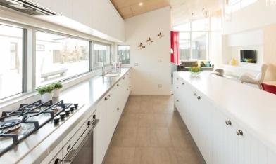 SetWidth800-FB-Kiwiana-kitchen