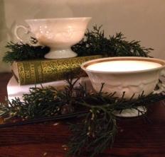 Tealights in teacups